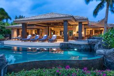Hale Aouli Big Island Hawaii, the essence of romance in this breathtaking condo. Sitting in Mauna Lani Resort is a  4 bedrooms with a pool and beachfront!~!