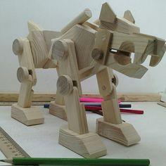 Робот-собака. Ррррртяф!! #деревяннаяигрушка doncov.ru