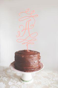 wedding cake http://trendybride.net/pretty-thoughts-pennsylvania-styled-wedding-inspiration/