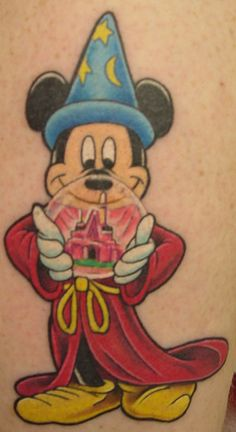 Super tattoo for women disney mickey mouse 60 Ideas Mickey Tattoo, Disney Tattoos, Disney Sleeve Tattoos, Mickey Mouse Tattoos, Cartoon Tattoos, Sleeve Tattoos For Women, Disney Magical World, Real Tattoo, Disney Mickey Mouse