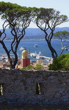 Saint Tropez:  ,   .frenchriviera.com by Saintrop.com, the Nirvanesque Cote d'Azur.