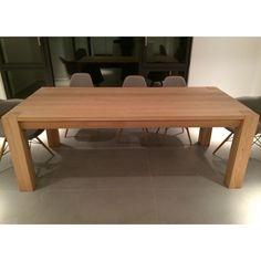 mesa arga modelo oak fija con estructura y encimera en madera maciza de roble o haya