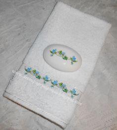 Decoupage, y algo más...: Conjuntos de toallas y jabones decorados