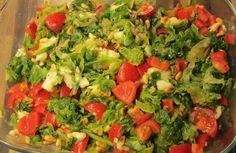 andijvieschotel Guacamole, Salsa, Ethnic Recipes, Food, Tomatoes, Salsa Music, Meals, Yemek, Eten