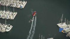 Chuck Aaron, piloté sponsorisé par Red Bull, ne boit que de l'eau... http://noemiconcept.lu/index.php/fr/departement-informatique/webbuzz-tech-info/item/206250-tours-acrobatiques-en-h%C3%A9licopt%C3%A8re-pilot%C3%A9-par-chuck-aaron-aerobatic-helicopter-tricks-with-chuck-aaron.html#video