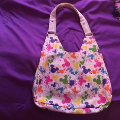 Disney purse New without tags, perfect condition Disney Accessories