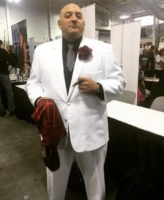 #TheKingpin got the best of #Daredevil. #WilsonFisk #MrFisk #Kingpin #NYCC #NYCC2016 #NewYorkComicCon #cosplay #cosplayers #cosplayer If you see your picture or if you know who it is please shout them out so we can tag them!