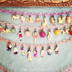 Woodland wonderland necklace, Celluloid Circus necklace Disney Snow White and the Seven Dwarfs Charm Necklaces, Charm Jewelry, Jewelry Crafts, Charm Bracelets, Artisan Jewelry, Antique Jewelry, Vintage Jewelry, Vintage Charm Bracelet, Idee Diy