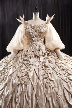 "From ""Mirror Mirror"" (2012) worn by Julia Roberts as The Queen design by  Eiko Ishioka"