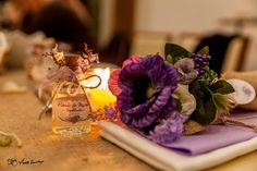 Canım Hande'min nişanı için hazırladığım nedime el buketleri..  #pembebisiklet #nedime #elbuketi #concept #mor #purple #jüt #nişan Bu güzel resimler için @fundademirkayaphotography çok teşekkürler...