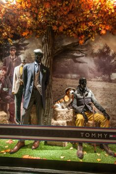 Tommy Hilfiger Window Display | The Hilfigers by Millington Associates