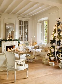 Christmas Awesome Contemporary Christmas Scheme: Modern Christmas Decorations With White Colors Shades And Christmas Tree Decor With White Ornament And Lighting And White Arm Chair And White Couch Wooden Coffee Table Freplace And Mantels