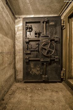The Nazi Bunker sitting under a Paris Train Station