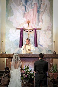 Catholic Wedding Photographer | Church | Mass | www.donyajphotography.com