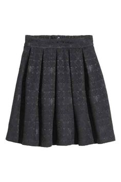 Short-jacquard-weave skirt with box pleats, elastication and a visible zip at the back of the waist. Box Pleat Skirt, Pleated Skirt, Denim Skirt, Skater Skirt, Box Pleats, Pli, Jacquard Weave, Short Skirts, Boxer