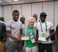 Mikel Obi gives his Japanese largesse to Samson Siasia   Mikel Obi gives his Japanese largesse to Samson Siasia     John Mikel Obi will donate part of his Rio Olympics bonus to Samson Siasia   The midfielder led the Dream Team to a bronze medal at the Rio Olympics   Mikel Obi is unhappy the NFF was trying to hijack the bonuses by Katsuya Takasu   The Dream Team was given $390000 for their efforts in the tournament  Super Eagles captain John Obi Mikel has decided to donate his part of the…