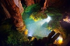 One of the lakes in Luray Caverns. #nature #virginia