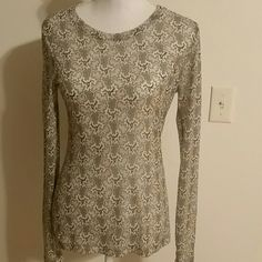 Rag & Bone New York Layering T Self/Tissue Principle ...Super soft, thin, and cute. Light pastel colors and cute stitching down the middle of the back. Only worn a few times and in great condition. (Like new) no signs of wear, flaws, etc. 80% polyester and 11% cotton. Machine washable. Breastline across laying flat measures 16 ish (stretchy). Length 25.5 (shoulder to bottom of top). Arm inseam 21. rag & bone Tops Tees - Long Sleeve