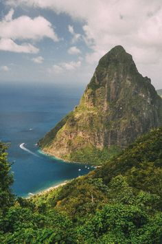 11 Fantastic Places To Visit In The Caribbean Island Of St Lucia Beautiful Sites, Beautiful Islands, Beautiful Beaches, The Places Youll Go, Places To Visit, Island Beach, Best Cities, Time Travel, Travel Pics