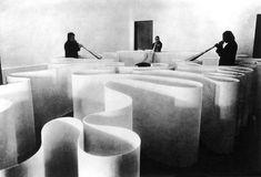 Michelangelo Pistoletto. Labirinto e megafoni, 1969.