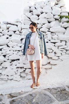What to Wear in the Greek islands - Find out the top essentials at StellaAsteria.com | Fashion