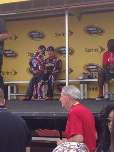 #nascar #KurtBusch enjoying some down time at Charlotte Motor Speedway pic.twitter.com/bpHtNvjTRR