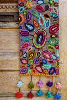 "Light up a room with this stunning ""Fireworks"" table runner… - Handwork Jobs Cross Stitch Embroidery, Embroidery Patterns, Hand Embroidery, Mexican Embroidery, Bed Runner, Punch Needle, Rug Hooking, Fabric Art, Fiber Art"