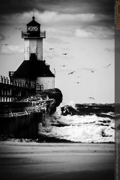 "500px / Photo ""Lighthouse"" by David Cox"