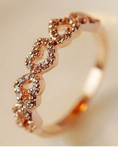 So Pretty! Love this Little Hearts Ring! Delicate Romantic Rhinestone Hearts Ring For Women - Promise ring for daughter? or me? O:)