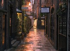 Godstall Lane (Chester, Cheshire, England, UK)....ahhh, memories. typical English with cobblestone roads.  I remember walking home on these roads..from the pub.