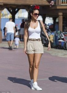 The X Factor judge Tulisa Contostavlos, who came to the U. Tulisa Contostavlos, Short Dresses, Sexy Women, Mini Skirts, Spring Summer, Hipster, Glamour, Singer, Stars