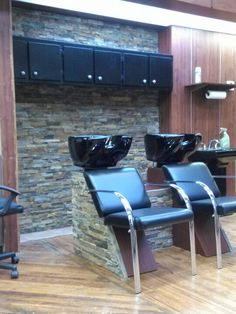 Beautiful salon! This is what i would Like in my salon