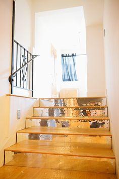 modern interiors design daniel hopwood Living room design outdoor shower wall gold stairs Modern Home Design Ideas, Pictures, Remodel and De. Mirror Stairs, Tiled Staircase, Staircases, Mirror Tiles, Mirrors, Tile Stairs, Glitter Stairs, Interior And Exterior, Interior Design