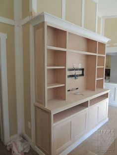 BUILT-INS : Built-In Cabinetry Entertainment Center – Craftsman Style - diy furniture entertainment center Home Para Tv, Home Theather, Built In Entertainment Center, Entertainment Fireplace, Entertainment Room, Muebles Living, Built In Bookcase, Bookcases, Built In Tv Wall Unit