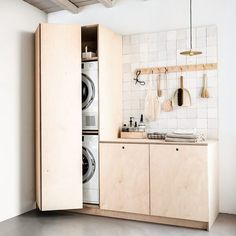 34 Fabulous Scandinavian Laundry Room Design Ideas - Its one of the most used rooms in the house but it never gets a makeover. What room is it? The laundry room. Almost every home has a laundry room and . Laundry Room Storage, Laundry Room Design, Laundry In Bathroom, Laundry Area, Küchen Design, Interior Design, Design Ideas, Ideas Baños, Room Ideas