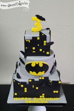 Batman Birthday Cake- This site has some awesome cake ideas !