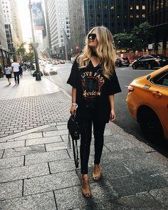 144.5k Followers, 1,905 Following, 3,133 Posts - See Instagram photos and videos from Danielle Carolan (@daniellecarolan)