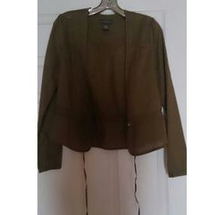 Stylish Banana Republic Lightweight.Jacket Lovely brown jacket with buttons and cinch tie at waist. Very light, perfect over a tank. Banana Republic Jackets & Coats