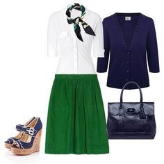 Navy and Green outfit. I'd choose a different color bag, but I like it. My two fav colors!