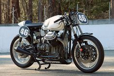 This V7 Ambassador from Ritmo Sereno is one of the prettiest motorcycles on the vintage racing scene in Japan.