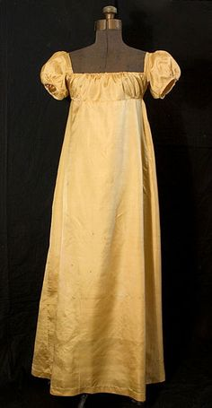 A plain gold/yellow silk dress. 1807 Vintagetextile.com