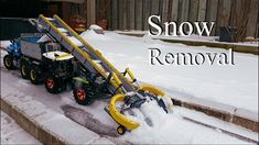 Snow Removal Tractor -Lego Claas Xerion 5000 and Tow Truck Lego Tractor, Tractors, Tow Truck, Trucks, Lego Machines, Snow Machine, Lego Technic, Cool Lego, Legos