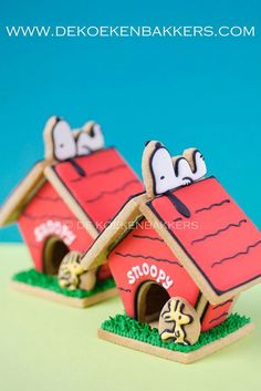 awesome snoopy and doghouse Cookies