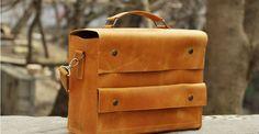 Genuine leather shoulder bag for Men. B016 Model. 100% hand-made.