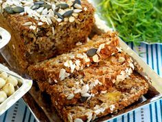 Buckwheat Bread with nuts and dried fruit Banting Recipes, Raw Food Recipes, Snack Recipes, Snacks, Food Tips, Buckwheat Bread, Swedish Recipes, Simply Recipes, Easy Bread