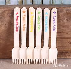 "Boys Rainbow Wooden Cake Forks with ""happy birthday"" Star (18)"