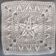 Cable star crochet square