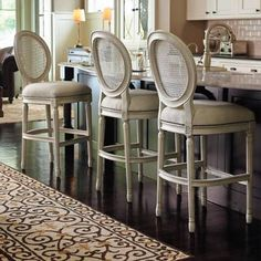 Frontgate loves to raise the bar. (and the Ludlow Bar Stool is the perfect case in point) Island Stools, Counter Height Bar Stools, Kitchen Stools, Kitchen Redo, Kitchen Island, Bar Chairs, Dining Chairs, Dinning Table, French Country Bar Stools
