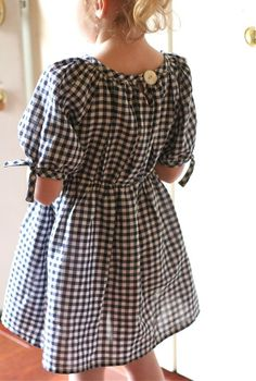 love the blousy gingham style!
