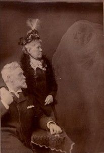 Robert Boursnell (England) Couple with the Spirit of an Old Family Doctor who Died Around 1880 Collodion print, 4 x inches January 1893 Ghost Pictures, Old Pictures, Old Photos, Vintage Photos, Ghost Pics, Ghost Photography, Spirit Photography, Vintage Photography, Victorian Photography